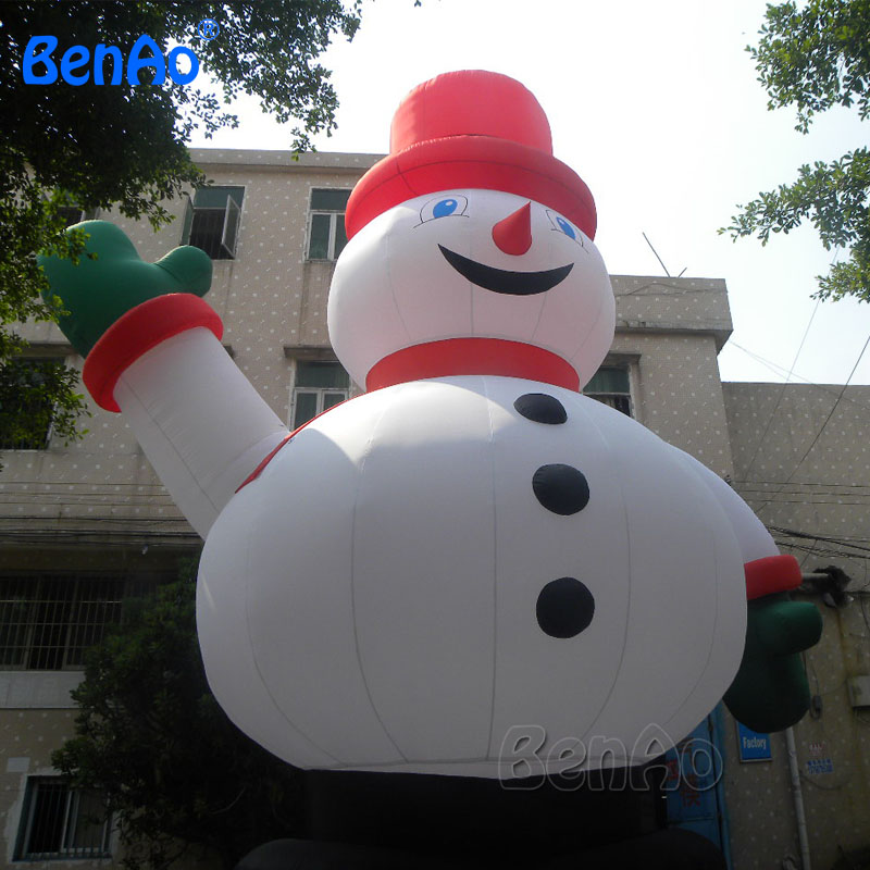 X040 Customized Happy Inflatable Christmas Snowman with Santa Hat
